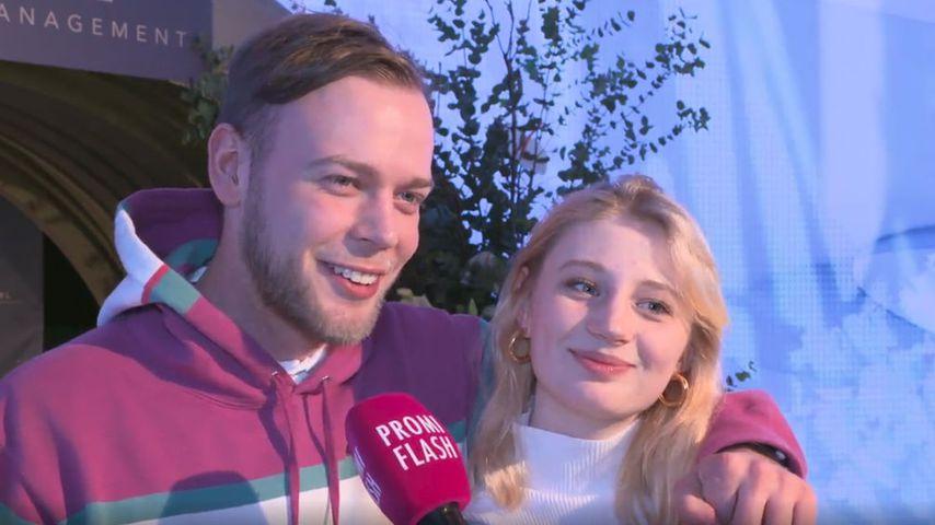 Erster Paar-Auftritt: GNTM-Trixi und Freund bei Fashion Week