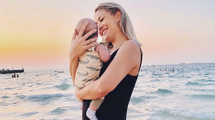Fiona Erdmann und ihr Baby im Oktober 2020