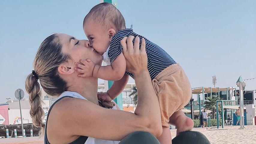 Fiona Erdmann und ihr Sohn Leo im April 2021 in Dubai