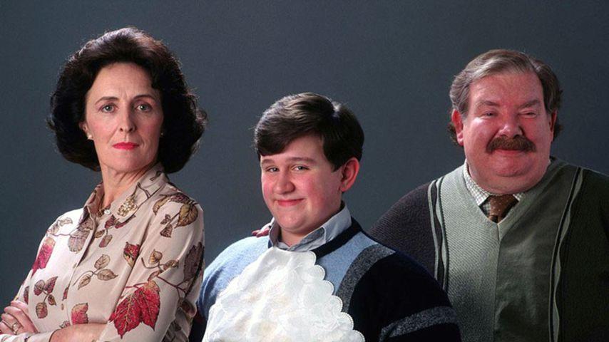 """Fiona Shaw, Harry Melling und Richard Griffiths in """"Harry Potter und der Stein der Weisen"""""""
