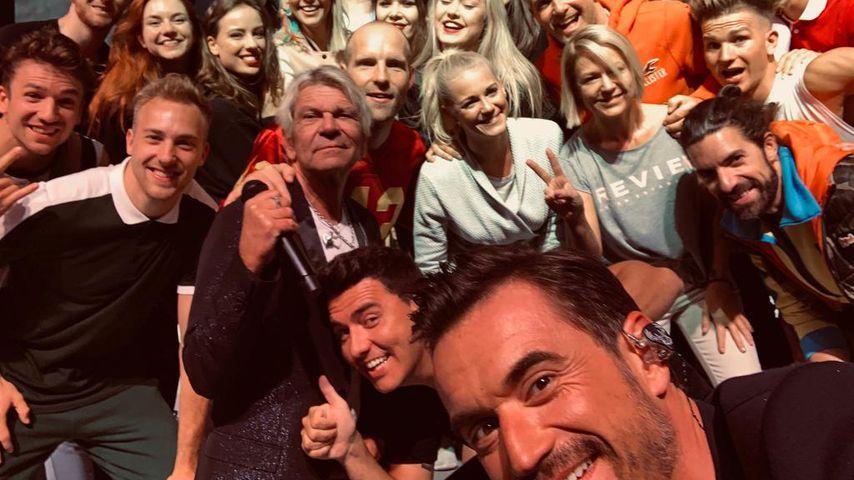 XXL-Promi-Selfie von Flori: Entdeckt ihr alle Schlagerstars?