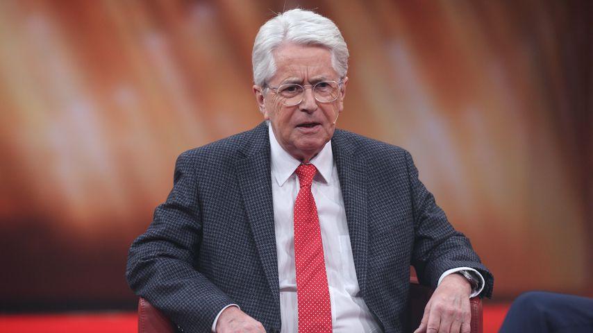 Späte Diagnose: Frank Elstner hielt Parkinson für Aufregung