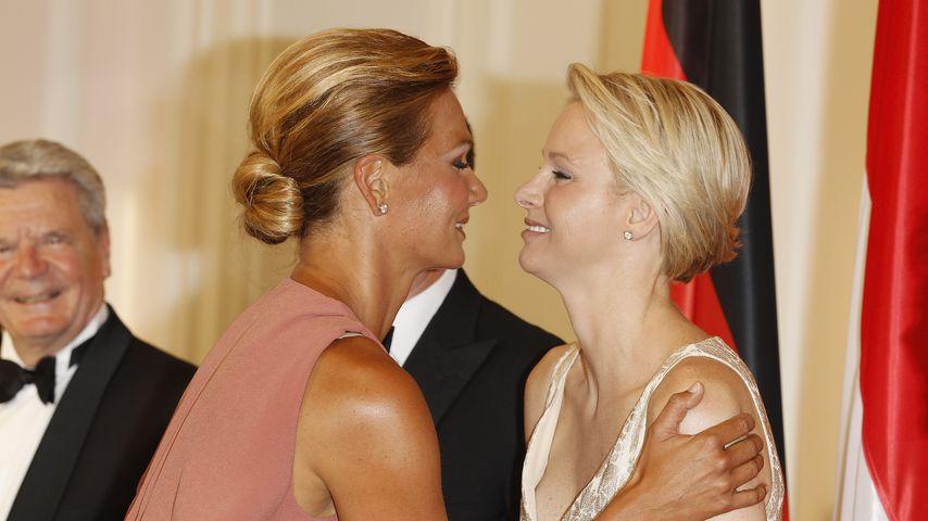 Franziska van Almsick mit Charlène von Monaco