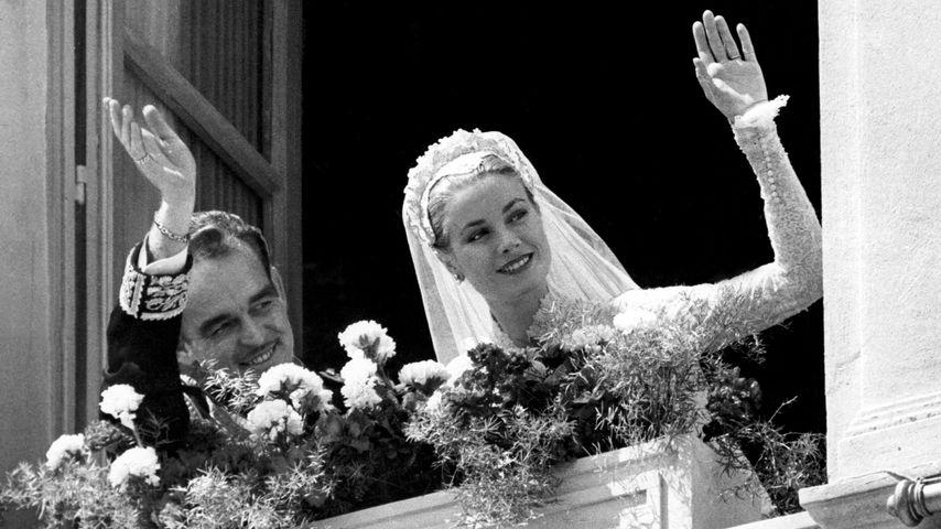 Fürst Rainier III. von Monaco und Grace Kelly bei ihrer Hochzeit im April 1956