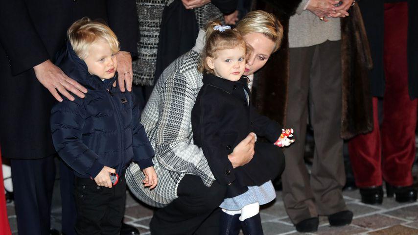 Fürstin Charlène mit ihren Kindern Jacques und Gabriella