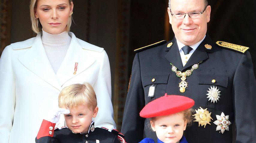 Fürstin Charlène, Prinz Jacques, Prinzessin Gabriella und Fürst Albert II. von Monaco