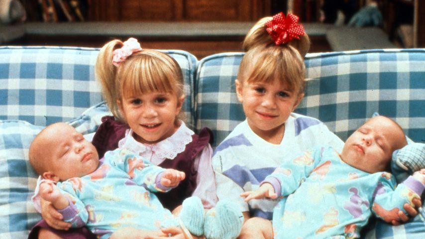 """Full House""-Zwillinge Mary-Kate und Ashley Olsen mit Blake und Dylan Tuomy Wilhoit"