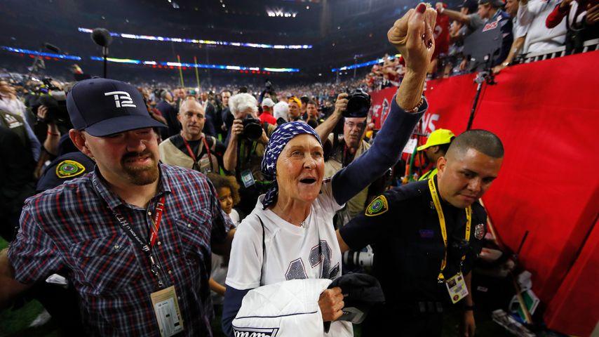 Galynn Brady feiert den Sieg der New England Patriots beim Super Bowl 2017