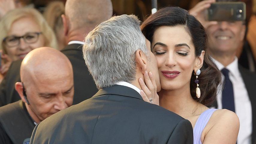George Clooney mit seiner Frau Amal in Venedig