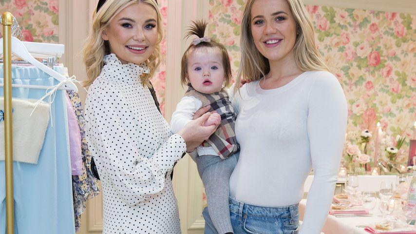 Georgia Toffolo und Tabitha Willett mit ihrer Tochter Ottilie