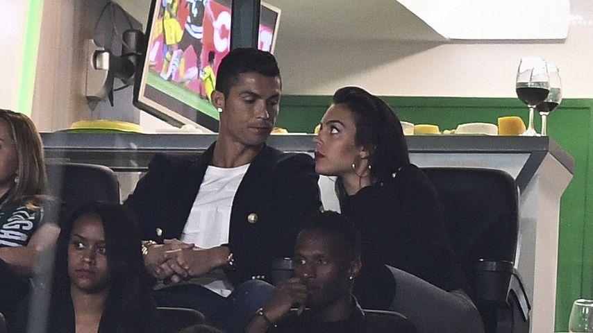Verdächtiger Klunker: Hat sich Cristiano Ronaldo verlobt?