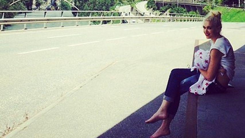 Gwen Stefani: Baby stillen vor Schweizer-Kulisse