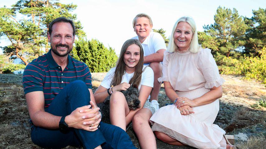 Kronprinz Haakon, Prinzessin Ingrid Alexandra, Prinz Sverre Magnus und Kronprinzessin Mette-Marit