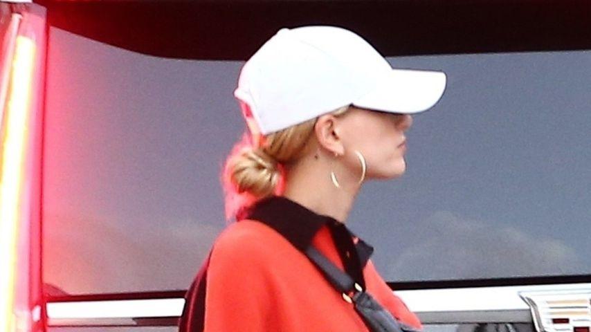 Hailey Bieber, November Miami