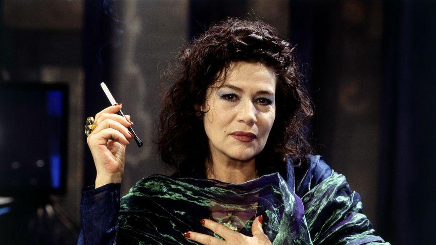 """Hannelore Elsner im Film """"Ein Mord für Quandt"""", 1996"""