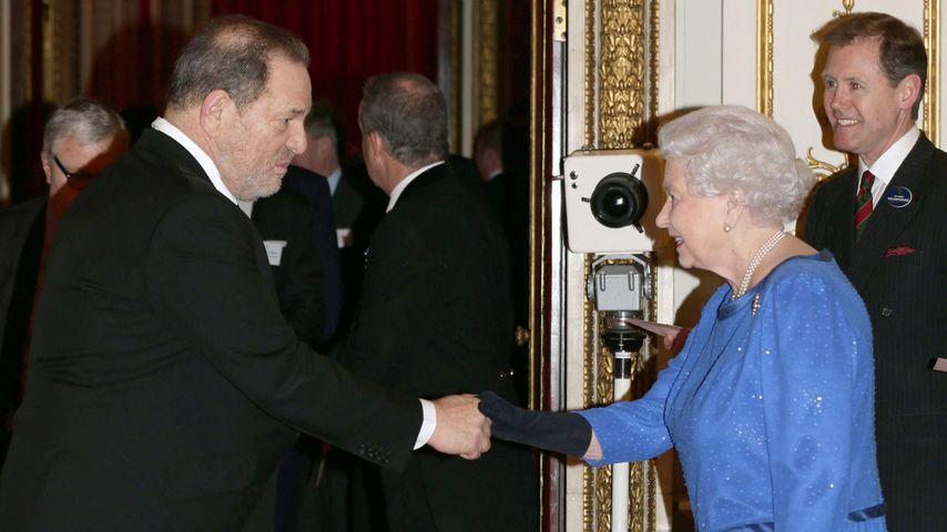 Die Queen hat Harvey Weinstein königliche Ehre aberkannt