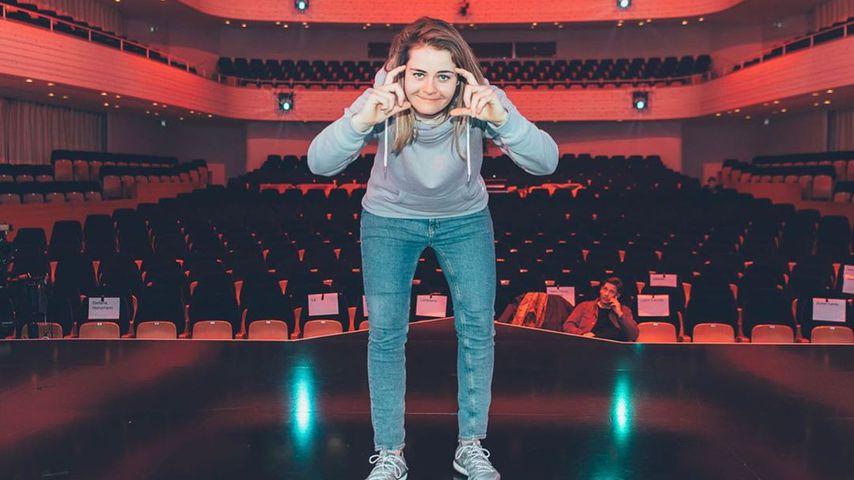 Hazel Brugger, Komikerin