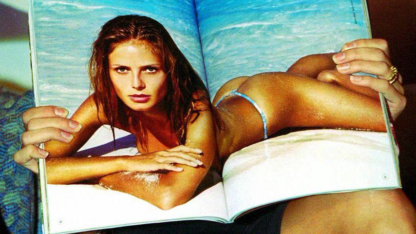 Model Heidi Klum mit Sports Illustrated im Jahr 1998