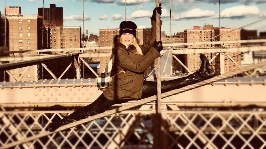 Extreme Pics! Helene Fischer turnt auf der Brooklyn Bridge