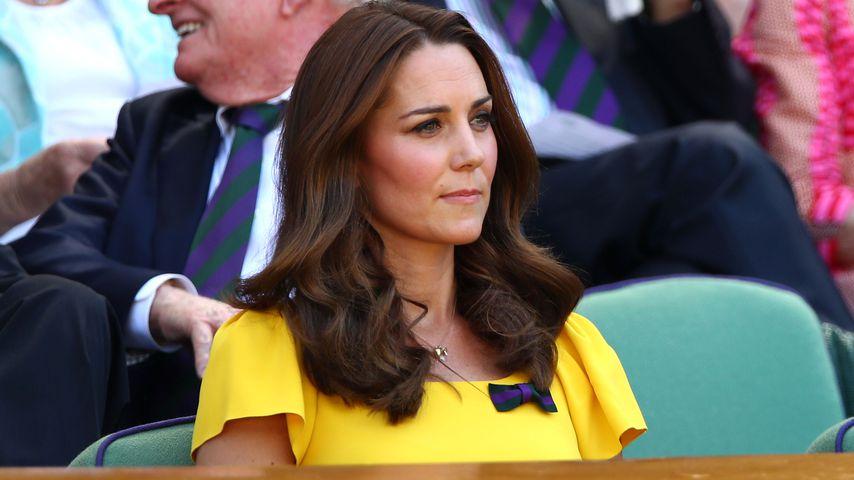 Stunden nach Louis' Geburt: Kate brachte George zur Schule