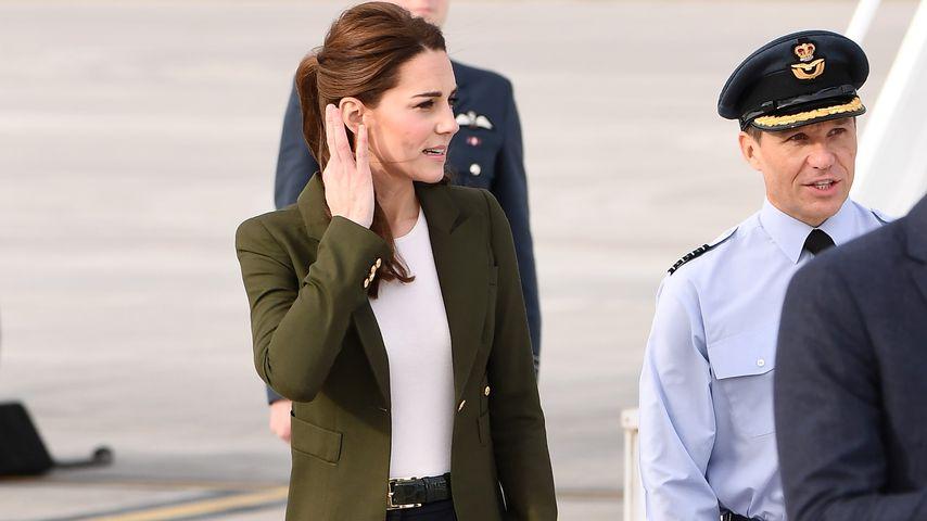 Ganz schön lässig: Herzogin Kate super-stylish unterwegs!