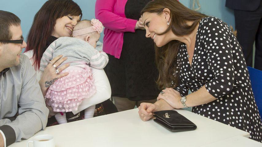 Im April! Herzogin Kate bestätigt Geburtstermin