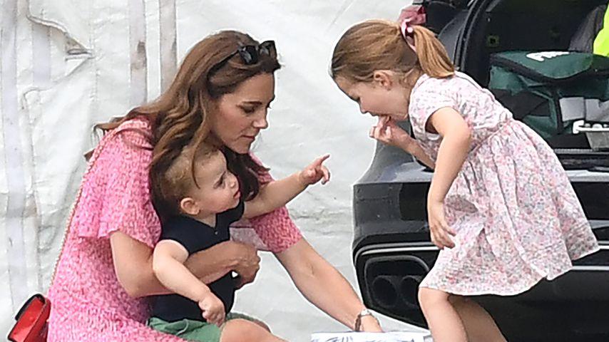 Herzogin Kate, Prinz Louis und Prinzessin Charlotte im Juli 2019