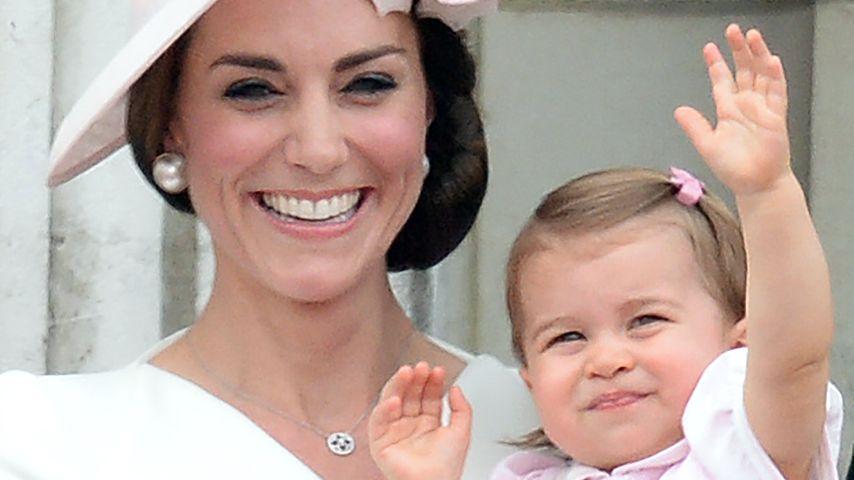 Herzogin Kate und ihre Tochter Prinzessin Charlotte auf dem 90. Geburtstag der Queen