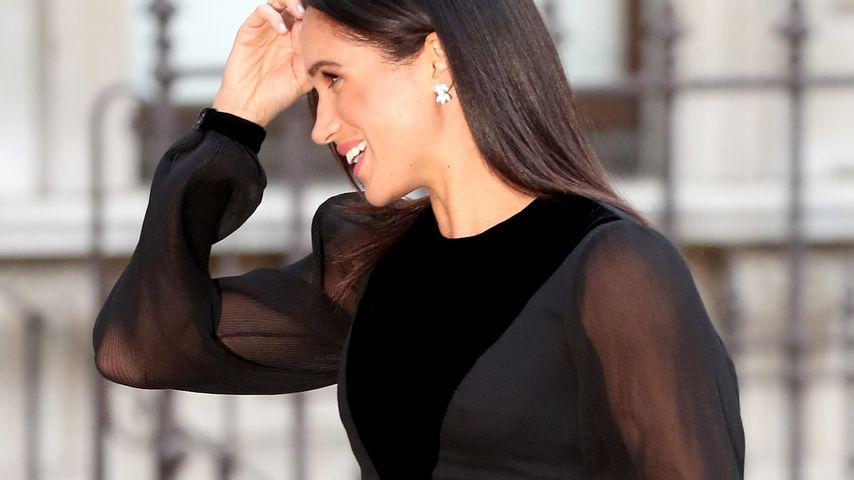 Herzogin Meghan sorgt mit Nippel-Kleid für Aufsehen