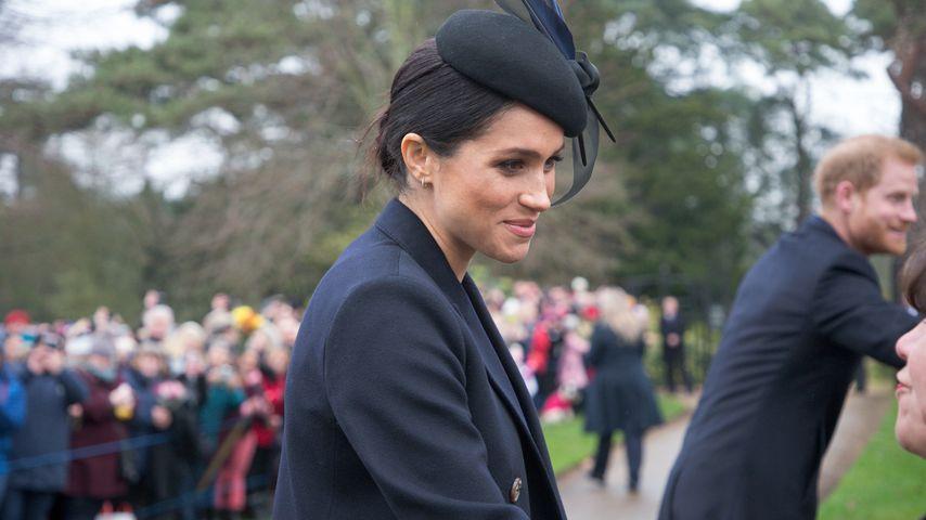 Wie süß: Hier knuddelt Herzogin Meghan einen Instagram-Fan!