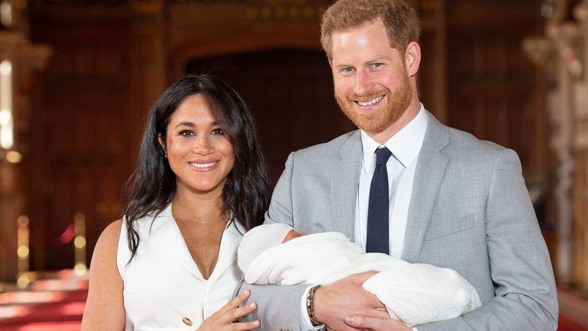 Erste Bilder! Herzogin Meghan & Harry präsentieren ihr Baby