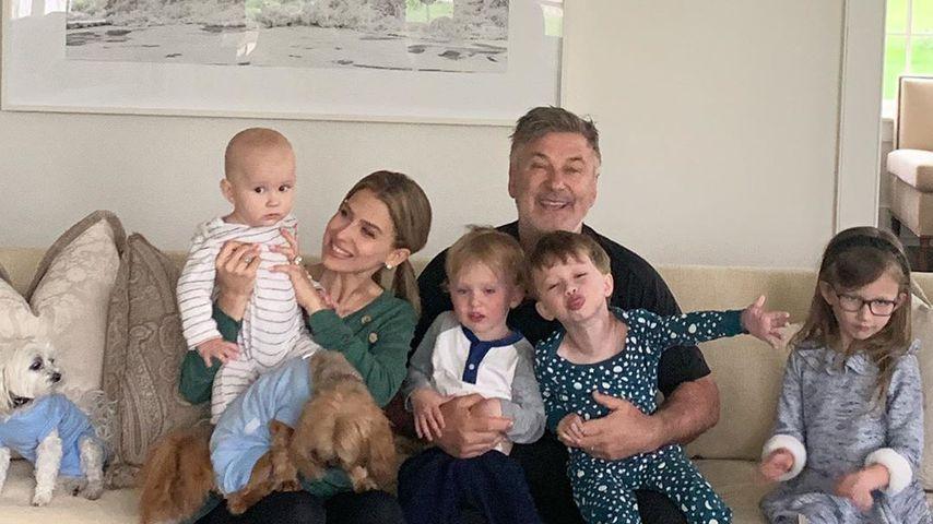 Hilaria und Alec Baldwin mit ihren Kids
