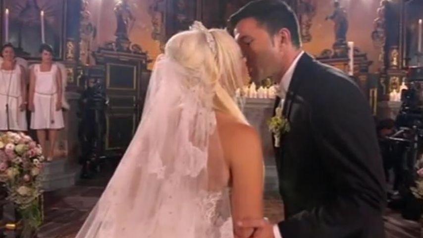 Daniela Katzenberger und Lucas Cordalis vor dem Traualtar