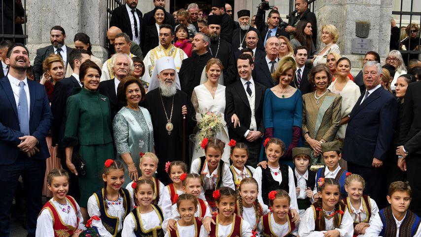 Prinz Philip und Danica neben Königin Sofia von Spanien