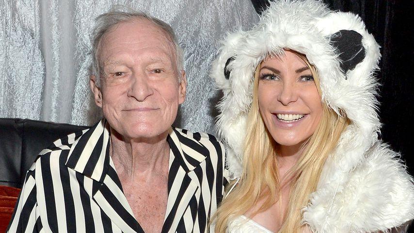 Hugh Hefner und Crystal Harris bei einer Halloweenparty in der Playboy Mansion
