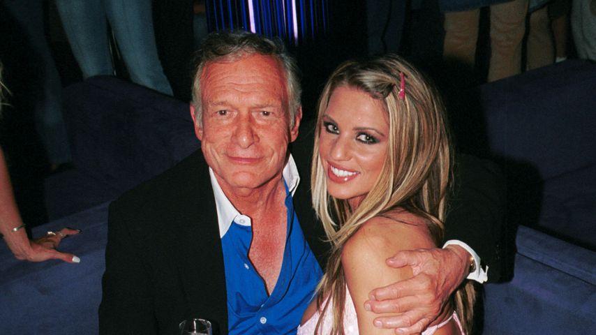 Hugh Hefner und Katie Price im August 2002