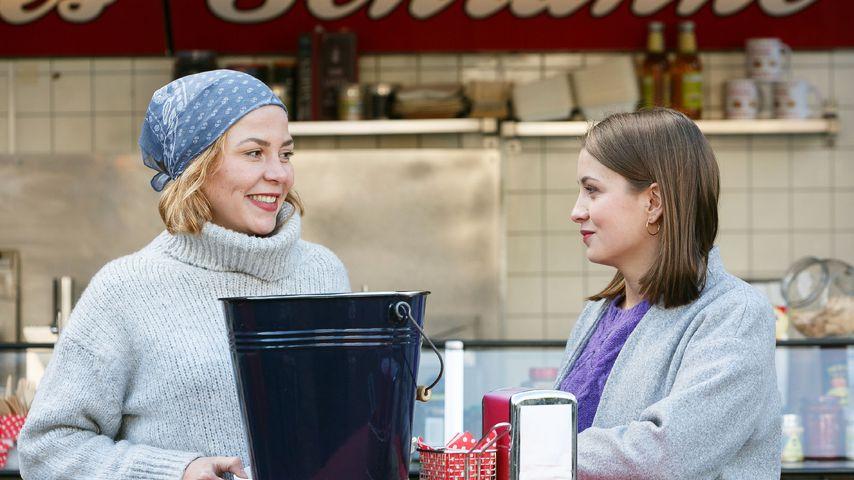 """Ina (Franziska van der Heide) und ihre Schwester Lucie (Julia Wiedemann) bei """"Alles was zählt"""""""
