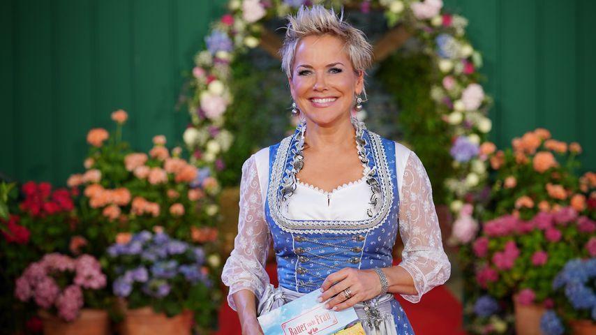 """""""Bauer sucht Frau""""-Moderatorin Inka Bause beim Scheunenfest 2019"""