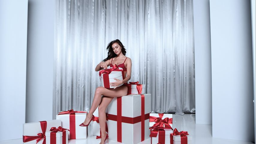 Sexy Christmas: Topmodel Irina Shayk als Weihnachtsgeschenk?