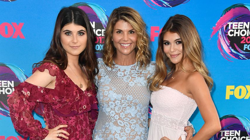 Isabella Giannulli, Lori Loughlin and Olivia Giannulli 2017 in Los Angeles