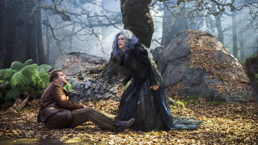 """James Corden und Meryl Streep in einer Szene von """"Into the Woods"""""""