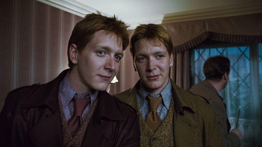 """James und Oliver Phelps als Fred und George Weasley in """"Harry Potter und die Heiligtümer des Todes"""""""