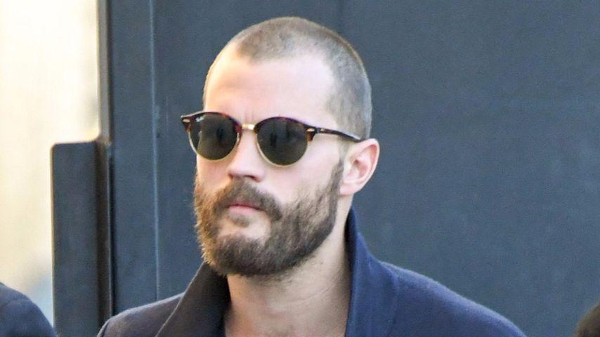 Nicht Christian-Grey-like! Jamie Dornan trägt Fast-Glatze