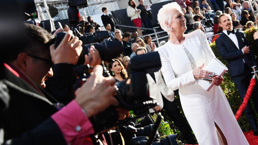 Jamie Lee Curtis auf dem roten Teppich bei den Golden Globes