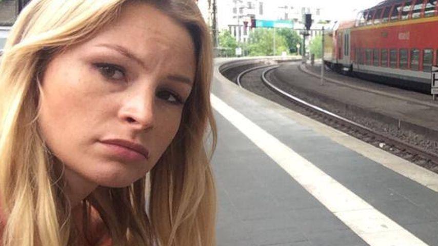 Vom Schwert erwischt: Jana Julie Kilka fast erstochen