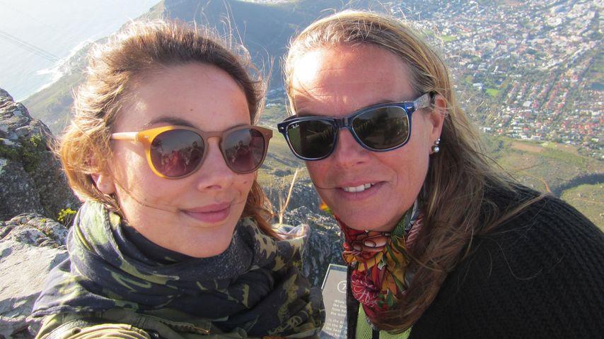 Herzergreifend! Janina Uhse gratuliert ihrer Mami