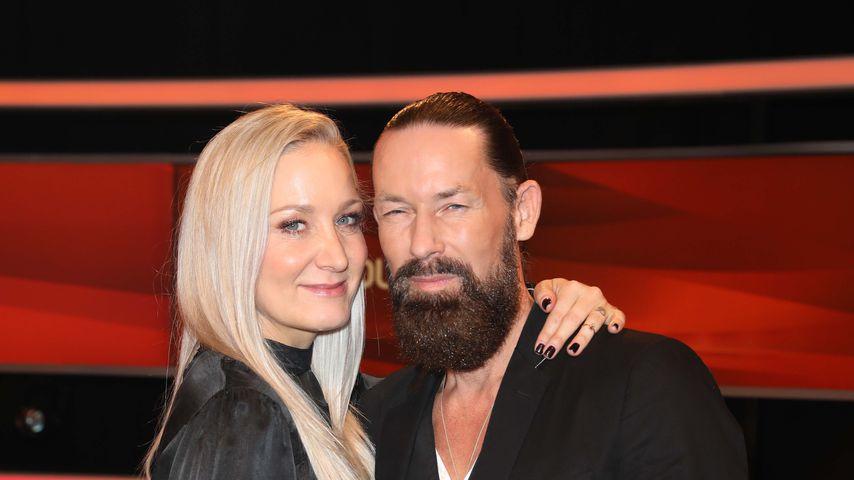 """Janine Kunze und ihr Mann Dirk Budach in der ARD-Show """"Paarduell"""""""