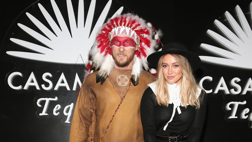 Jason Walsh und Hilary Duff auf der Casamigos Tequila Halloween Party