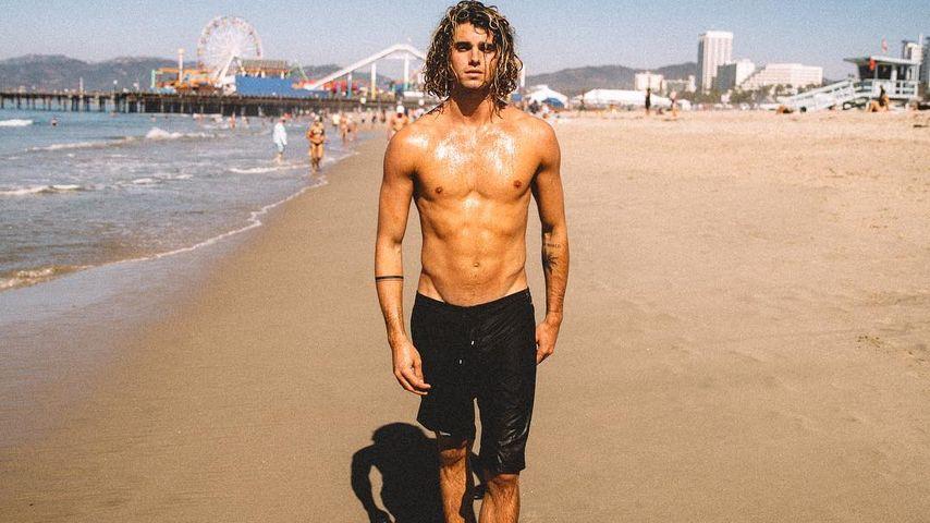 Oh la la: Dieser heiße Surfer-Boy betört die Mädels im Netz!