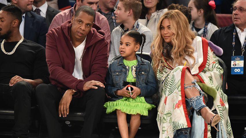 Jay-Z, Blue Ivy Carter und Beyoncé im Jahr 2017